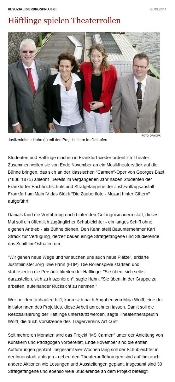 Haeftlinge_spielen_Theaterrollen